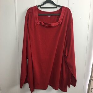 Plus size long sleeved shirt